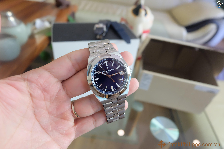 dong-ho-vacheron-constantin-overseas-blue 3.JPG